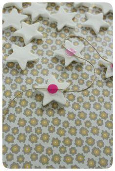 Guirlande étoiles avec pâte bicarbonatée