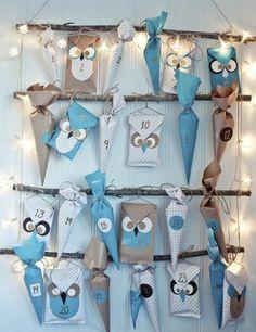 une idée très créative de calendrier de l avent, inspiré de l'amour pour les hiboux, guirlande lumineuse sympa