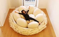The Giant Bird Nest is a gigantic poof sofa that can host up to 16 people. Super sexy, stylish and cozy it is ideal for reading, relaxing, loving, talking!