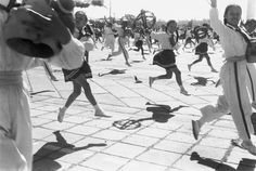 Henri Cartier-Bresson, 10e anniversaire de la République Populaire de Chine, Pékin, Chine, 1958. © Henri Cartier-Bresson/Magnum Photos.