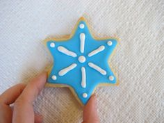 How to Decorate Cookies with Royal Icing 20