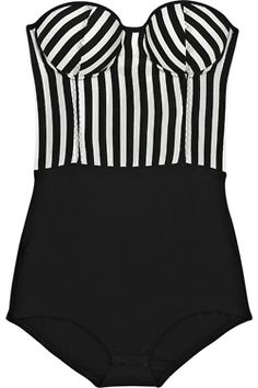 I wna wear this with just heels and a leather jacket...is that bad or can I pull it off in vegas?