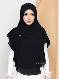 Scarf Chiffon - Light not transparent - Colors Variety - Black Muslim Dress Code, Maxi Skirts, Maxi Dresses, Wedding Dresses, Islamic Store, Chiffon Material, Islamic Clothing, Niqab, Muslim Women