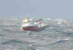 (Video) A rather complex rescue went down in the Bering Sea a few hundred miles from Kodiak, Alaska over the weekend but luckily it appears to have ended about as well as possible given the conditions. http://gcaptain.com/disabled-fishing-vessel-coast-guard-cutter-rescued-bering-sea/?utm_campaign=Roost&utm_source=Roost&utm_medium=push