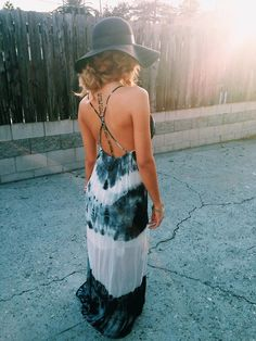 wow, this tile dyed dress is great!