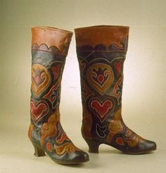 wouldn't these be a perfect fall boot... Vintage Book; 'The-Patterned-Leather-of-Kazan-Tatar-Folk-Ornament-Ichigi-Russian-Costume-Book', showing amazing hand crafted folk methods + works...