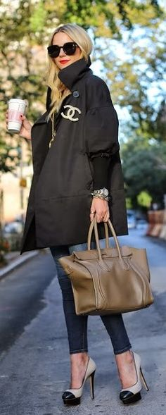 chic outfit - street style chanel jacket / for more inspiration visit http://pinterest.com/franpestel/boards/