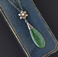 Art Deco Silver Jade Pearl Teardrop Pendant Necklace #Necklace #Pendant #Jade #Silver #Art #Sterling #Pearl #Green #1920s #Deco