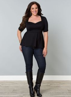 Plus size clothing for full figured women. We carry young and trendy, figure flattering clothes for plus size fashion forward women. Curvalicious Clothes has the latest styles in plus sizes Curvy Girl Fashion, Look Fashion, Plus Size Fashion, Autumn Fashion, Womens Fashion, Fashion Trends, Plus Size Dresses, Plus Size Outfits, Plus Size Womens Clothing