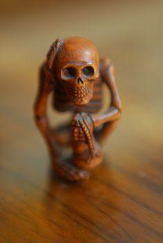 Netsuke skeleton