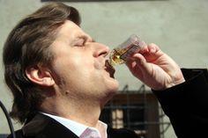 Wnoszę o ekshumację ciała Mariana Palikota, alkoholika i szmalcownika, ojca Janusza Palikota!  | Kontrowersje.net - portal niereglamentowany