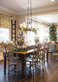 Traditional dining room with sage green paint color for Great dining room ideas