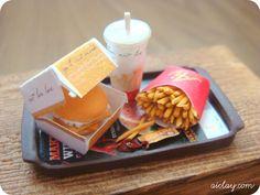 Fish sandwich fast food