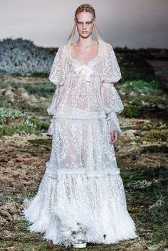 Alexander McQueen Fall 2014 Ready-to-Wear Fashion Show - Charlene Högger (Elite)