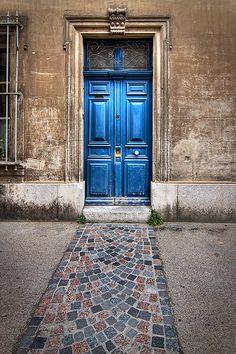 Indigo doorway, Arles, Provence, France... Salva Barbera