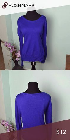 Beautiful & Super Soft Royal Blue Sweater In excellent condition Tops Tees - Long Sleeve
