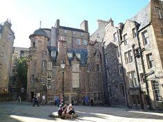 Old town, Edinburgh in August 2010.