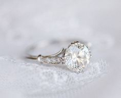 Good Stone Custom Rings - 2.00ct Antique engagement ring