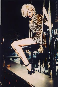 Nadja Auermann by Ellen Von Unwerth, leopard print Ellen Von Unwerth, Nadja Auermann, Image Fashion, Fashion Models, 90s Models, Northern Soul, Jungle Girl, Jungle Print, Editorial Photography
