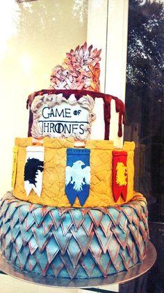 ¡Una tarta muy especial! / A very special cake! By @vlcsvq #JuegodeTronos #Sevilla