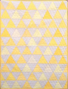 beautiful yellow quilt <3