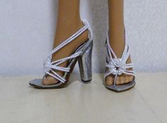 idea for Fashion Doll Shoes for MH and other high-heeled footed dolls