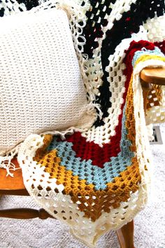 Sans Limites Crochet: The Granny Square Blanket DIY