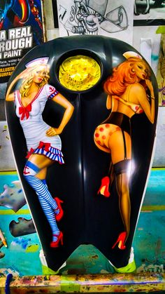 Pin-Up's on a Victory Motorcycle Gas Tank, Airbrushed by Alan Pastrana.    http://pastranaunlimited.com/galleries-art/