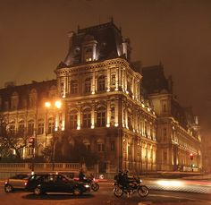 driving by the Louvre at night!