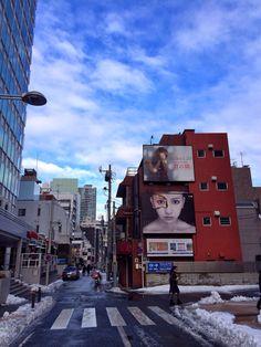 青空に #aiko さん 板野友美さんのビルボード映える♪ #Roppongihills #Roppongi #Tokyo #Japan