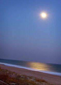 Moonlight On Ocean