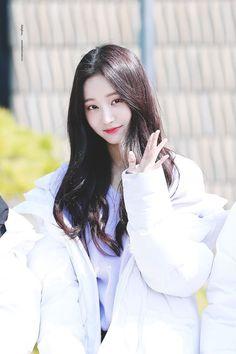 Sweet Girls, Cute Girls, Cool Girl, South Korean Girls, Korean Girl Groups, Beautiful Japanese Girl, Pretty Asian, Korean Star, Korean Celebrities