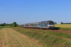 BB 67357 + 3 voitures corail (dont une en livrée TER) sur un Intercités CAEN (17h48) > TOURS (21h05) - Saint-Germain-sur-Sarthe (72)