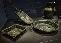 """*POMPEII, ITALY ~ Roman cookware that looks surprisingly modern Bronze century CE Photographed at """"Pompeii: The Exhibit"""" at the Pacific Science Center in Seattle Washington. Ancient Roman Food, Ancient Ruins, Ancient Rome, Ancient History, European History, Ancient Greece, American History, Roman Artifacts, Historical Artifacts"""