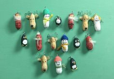 peanut holiday garland