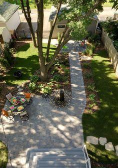 Great urban backyard with paver patio #paver #patio #backyard#landscape  www.southviewdesign.com