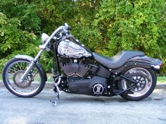 Harley-Davidson : Softail night train. I want one so bad. #harleydavidsonsoftailnighttrain