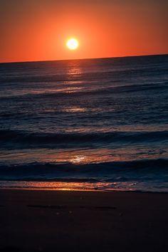 Sunrise at the shore   Viju Agnani