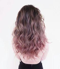 dusty brown and pink. Hair Trends, Brown Hair Ombre Pink, Pastel Hair, Dusty Pink Hair, Hair Colours, Cute Hair Colors, Hair Inspo, Hair Inspiration, Hair Dye