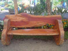 Resultado de imagem para mobiliário sustentavel feitos de troncos de árvores