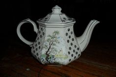 Sadler teapot with Japanese painting $25.90