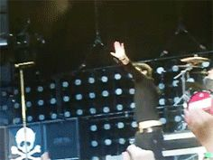 Billie doing the sprinkler-OH YES HE DID LOL