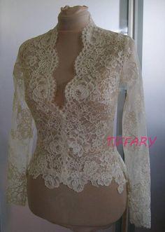 Boleros Wedding bolero-jacket of lace long sleeveshort sleeve - Wedding Jacket, Wedding Bolero, Bolero Top, Bolero Jacket, Blouse Styles, Lace Tops, Bridal Dresses, Designer Dresses, Lace Dress