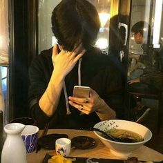 Image in ulzzang boys collection by - on We Heart It Mode Ulzzang, Korean Boys Ulzzang, Cute Korean Boys, Ulzzang Boy, Korean Men, Asian Boys, Asian Men, Cute Boys, Wattpad