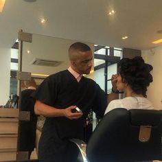 Hoje é dia de festa, dia de produção! #consultoriademoda #festa #party #casamento #wedding #convidada #ckamura #ckamurasp #evandroangelo #makeup #hair #cabelo #maquiagem #casamentomariedeivis #blogdaguadalupe #guadalupeeventos