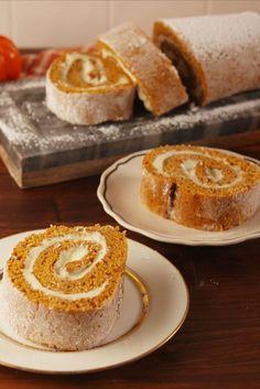 Proven Pumpkin Cheesecake Roll Recipe Is The Best - Homemade Desserts, Dessert Recipes, Drink Recipes, Paleo Dessert, Pumpkin Cheesecake Roll Recipe, Cheesecake Recipes, Pie Recipes, Raspberry Cheesecake, Pumpkins