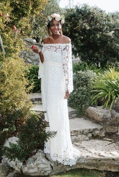 40 Wedding Dresses We Love Under $1,000 (Seriously.)   Brides.com