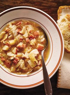 Make this delicious sauerkraut soup recipe in your RICARDO multi-function electric pressure cooker or Instant Pot. Pressure Cooker Pho, Pressure Cooker Recipes, Slow Cooker, Soup Recipes, Cooking Recipes, Healthy Recipes, Healthy Food, Sauerkraut Soup Recipe, Tofu Soup