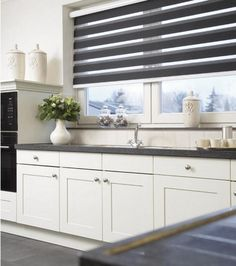 3 Fabulous Cool Ideas: Window Blinds With Curtains grey blackout blinds.Modern Blinds Kitchen blinds for windows with oak trim.Blinds For Windows With Oak Trim. Kitchen Blinds Modern, Kitchen Blinds Fabric, Patio Blinds, Modern Blinds, Diy Blinds, Bamboo Blinds, Fabric Blinds, Indoor Blinds, Bathroom Blinds
