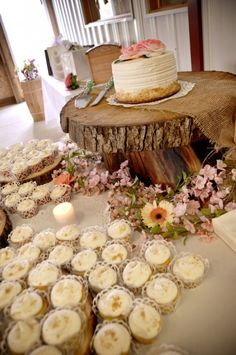 Rustic Wedding Cake Display Ideas / http://www.himisspuff.com/rustic-wedding-ideas-with-tree-stump/7/